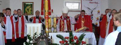 2009.05.31 Iwhistorii parafii Bierzmowanie
