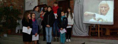 """2012.10.16 Dzień Papieski – Schola """"Spes In Domino"""""""