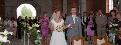 2010.06.19 ślub Diany iArkadiusza – Iwmurach kościoła